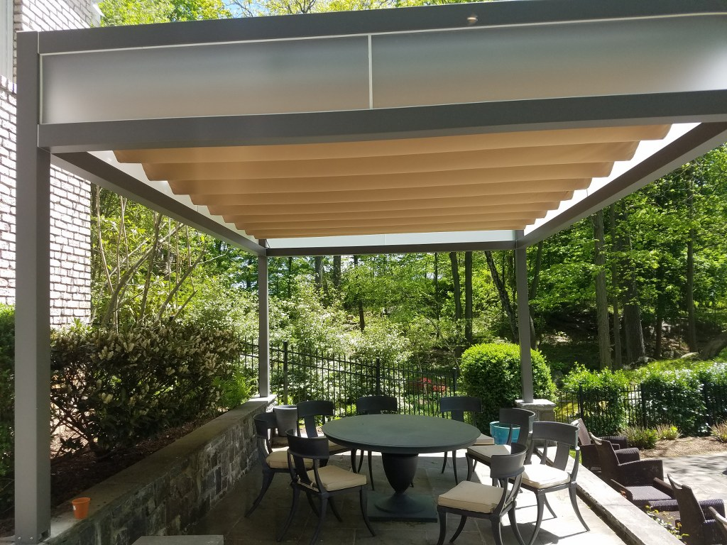 Corradi Kubo New Haven Awning