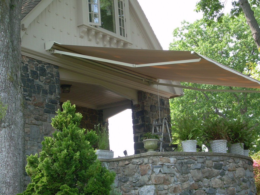 Will I Save Money On Cooling Costs A Properly Installed Awning Can Reduce Heat Gain In Your Home Up To 65 Percent Southern Windows And As Much 77