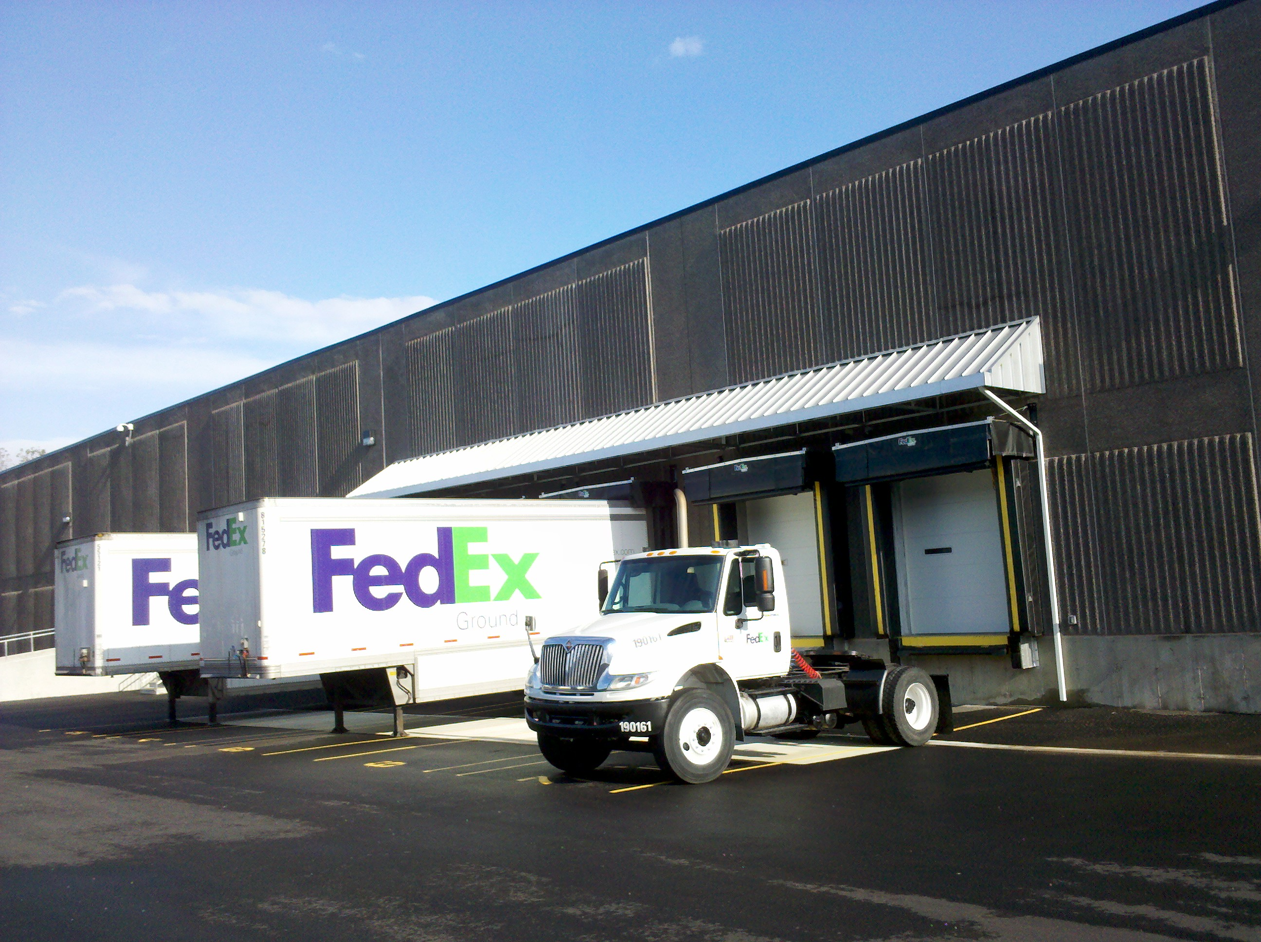 Truckport Aluminum Canopy For Fedex In North Haven Ct