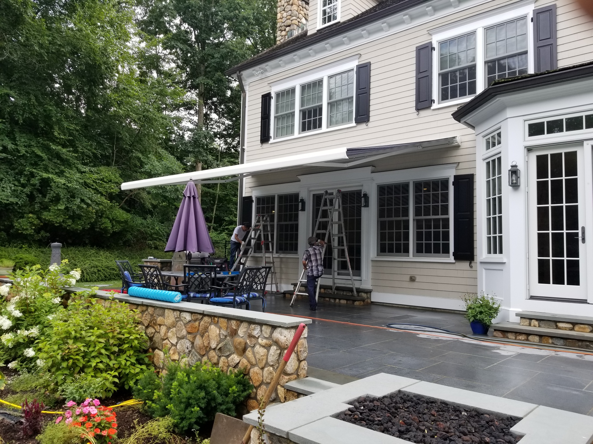 Retractable Awnings True Positions Of Shade New Haven